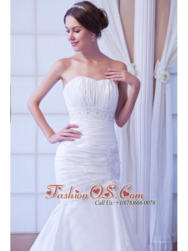 Popular Mermaid Strapless Court Train Taffeta Appliques Wedding Dress