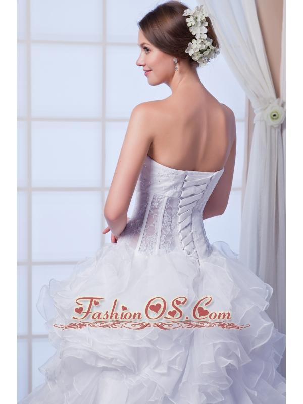 Beautiful A-line Sweetheart Court Train Organza Beading Wedding Dress