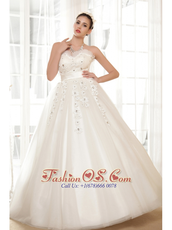 Fashionbale A-line Sweetheart Floor-length Appliques With Beading Wedding Dress