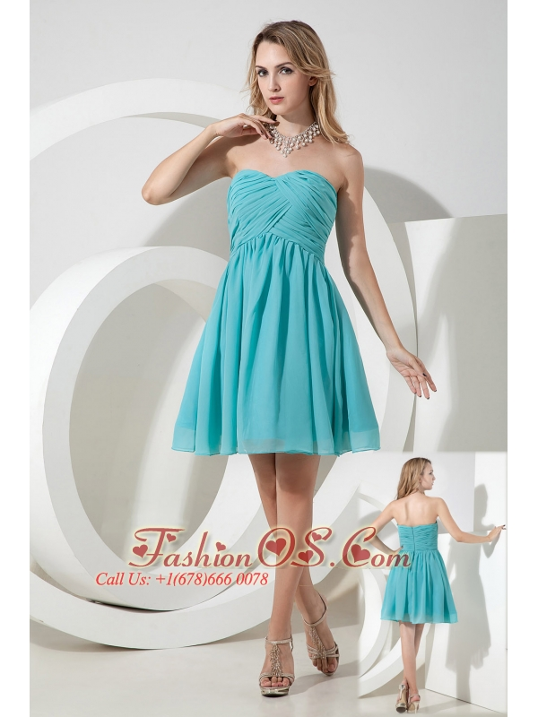 Turquoise A-line / Princess Strapless Ruch Bridesmaid Dress Knee-length Chiffon