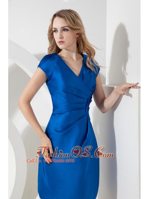 Royal Blue Column V-neck Ruch Mother Of The Bride Dress Mini-length Satin