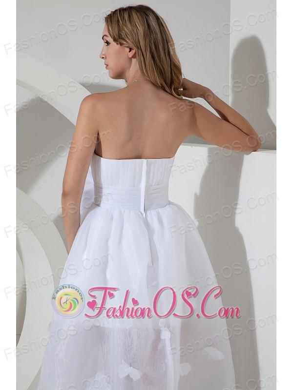 Beautiful A-line / Princess Strapless Short Wedding Dress High-low Organza Bow