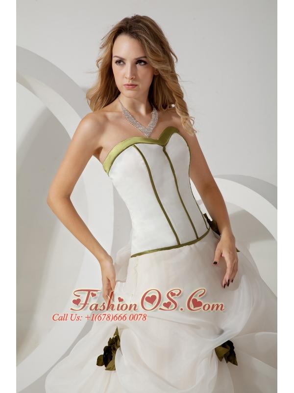 White Ball Gown Sweetheart Wedding Dress Hand Made Flowers Brush Train Organza