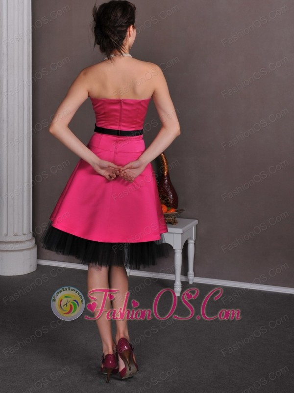 Beautiful Hot Pink Empire Strapless Hand Made Flowers Mother Of The Bride Dress Knee-length Satin and Tulle