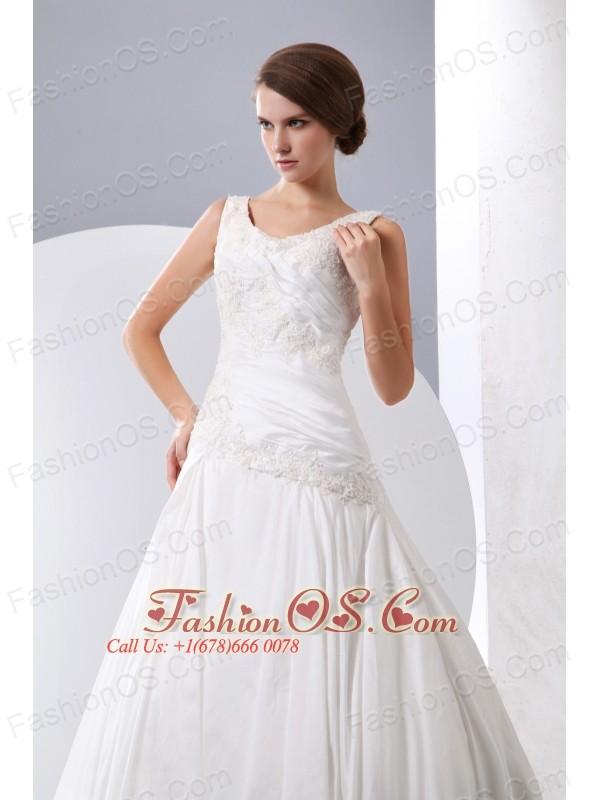 Elegant A-line Scoop Wedding Dress Taffeta Appliques Chapel Train