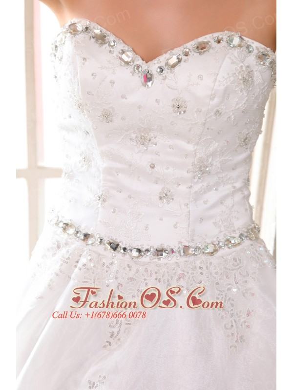 Beautiful Wedding Dress A-line Beading and Appliques Sweetheart Court Train Taffeta