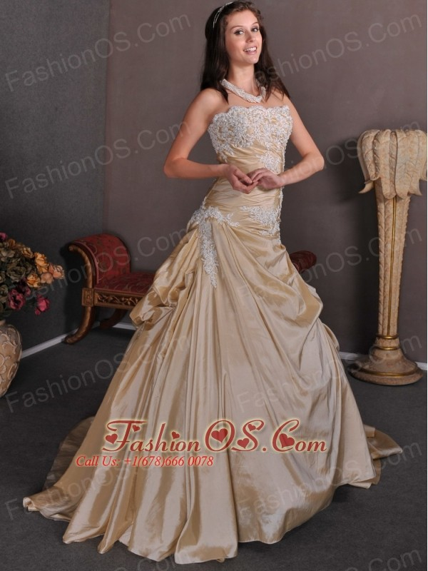 Champagne A-line Strapless Appliques Wedding Dress Chapel Train Taffeta