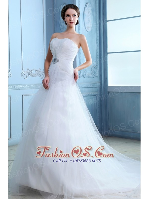 Pretty a line strapless low cost wedding dress court train for Wedding dresses low cost