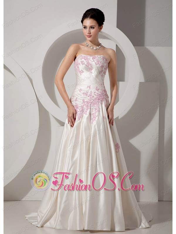 Classical Wedding Dress A-line Strapless Appliques Court Train Satin