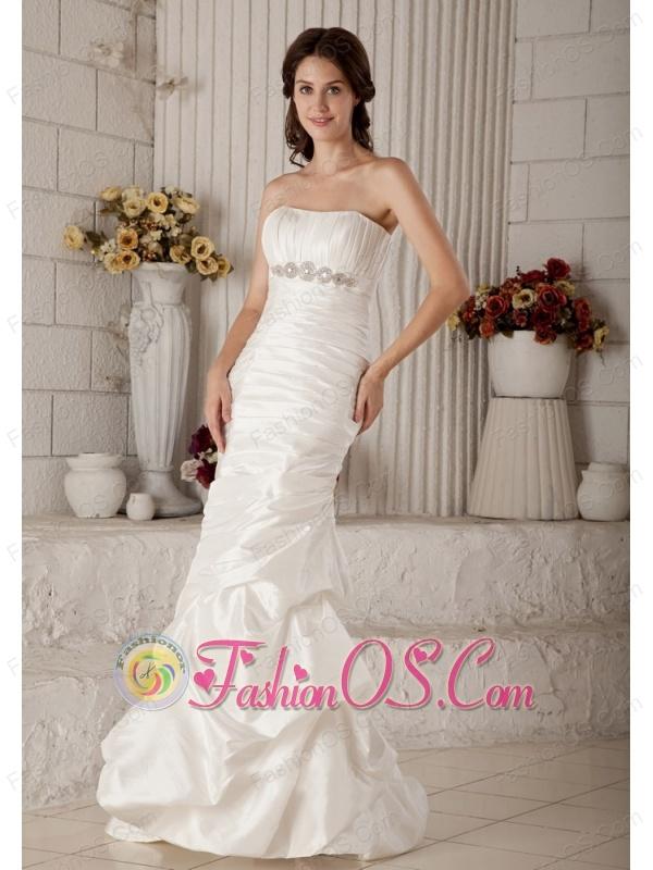 Vintage Mermaid Strapless Wedding Dress Brush Train Taffeta Beading