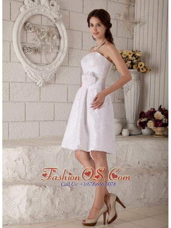 Beautiful A-line / Princess Strapless Short Wedding Dress Lace Hand Made Flower Knee-length