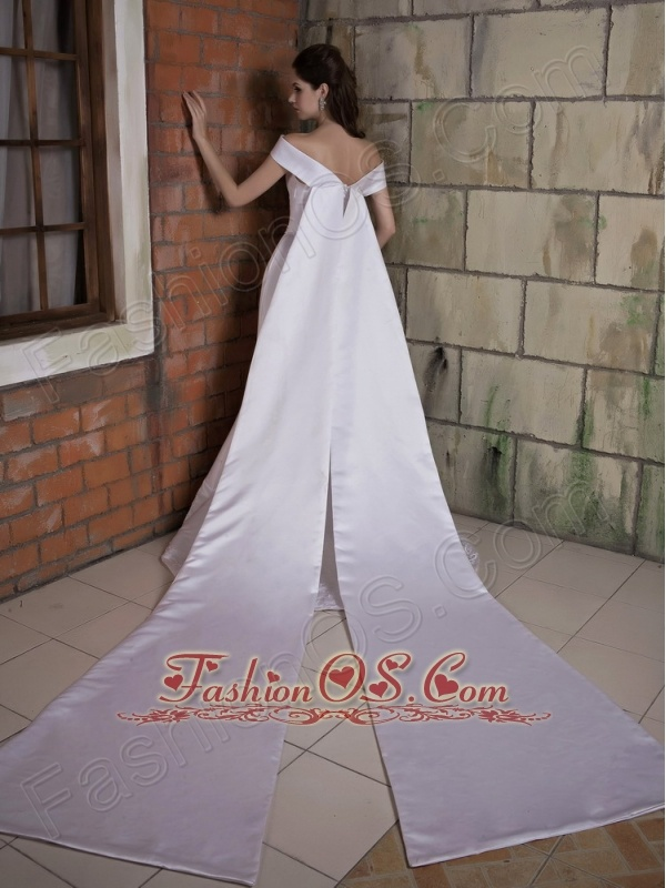 Elegant Wedding Dress Mermaid Off The Shoulder Appliques Watteau Train Satin