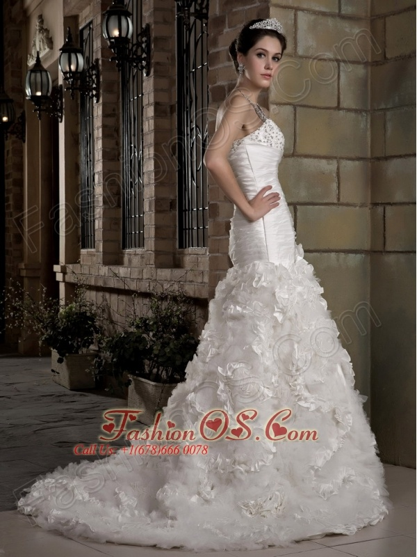 Gorgeous A-line Sweetheart Wedding Dress Court Train Taffeta and Tulle Beading