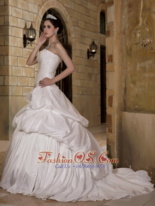 Perfect A-line Strapless Wedding Dress Court Train Taffeta Appliques and Pick-ups