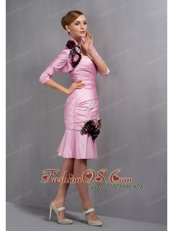 Beautiful Rose Pink Column Mother Of The Bride Dress Sweetheart Ruch and Hand Made Flowers Knee-length Taffeta