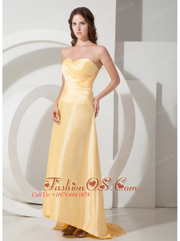 Modern Light Yellow Empire Sweetheart Brideamaid Dress Brush Train Taffeta Pleats