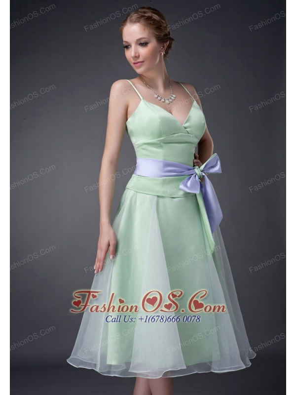 Sweet Apple Green A-line Straps Mother Of The Bride Dress Tea-length Organza Bowknot