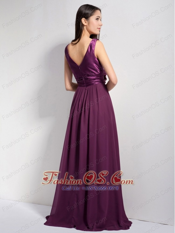 Classical Dark Purple A-line V-neck Brush Train Taffeta and Chiffon