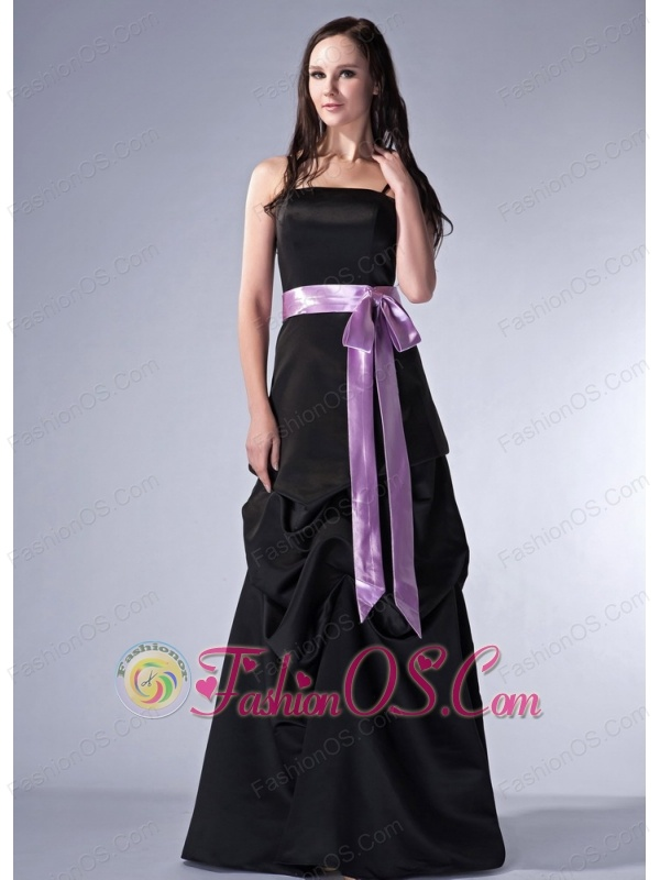 Customize Black Cloumn Spaghetti Straps Bridesmaid Dress Satin Sash Floor-length