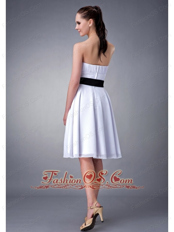 Customize White and Black Sash A-line / Princess Strapless Bridesmaid Dress Chiffon Knee-length