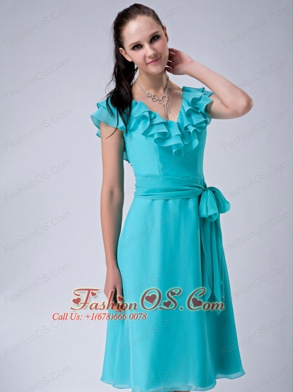 Popular Turquiose Blue Empire V-neck Bridesmaid Dress Chiffon Sash Tea-length