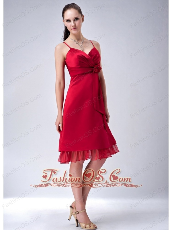 Wine Red Column / Sheath Spaghetti Straps Bridesmaid Dress  Hand Made Flowers Knee-length