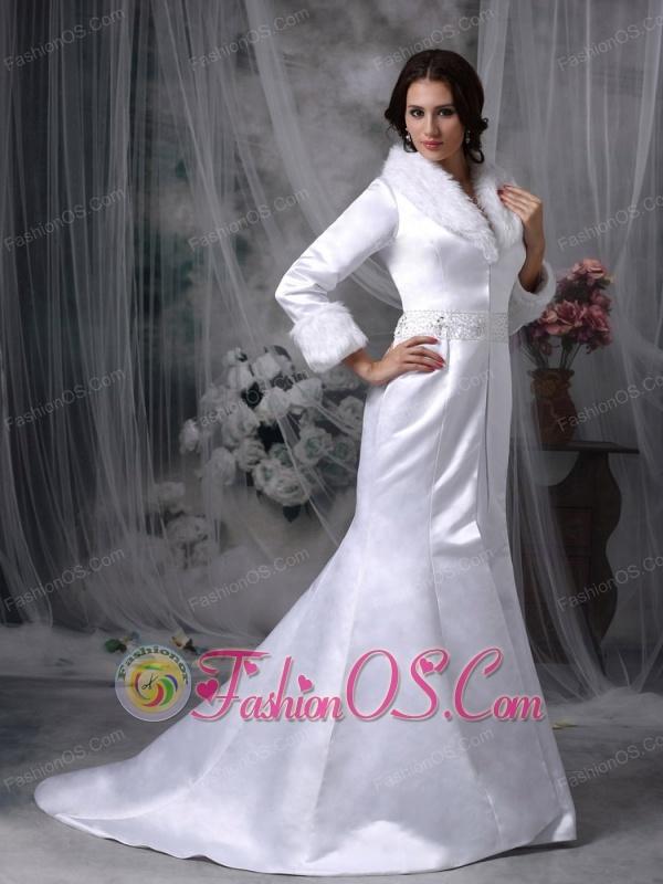 Beautiful Long Floor Length Winter Wedding Jacket Mermaid V-neck Satin