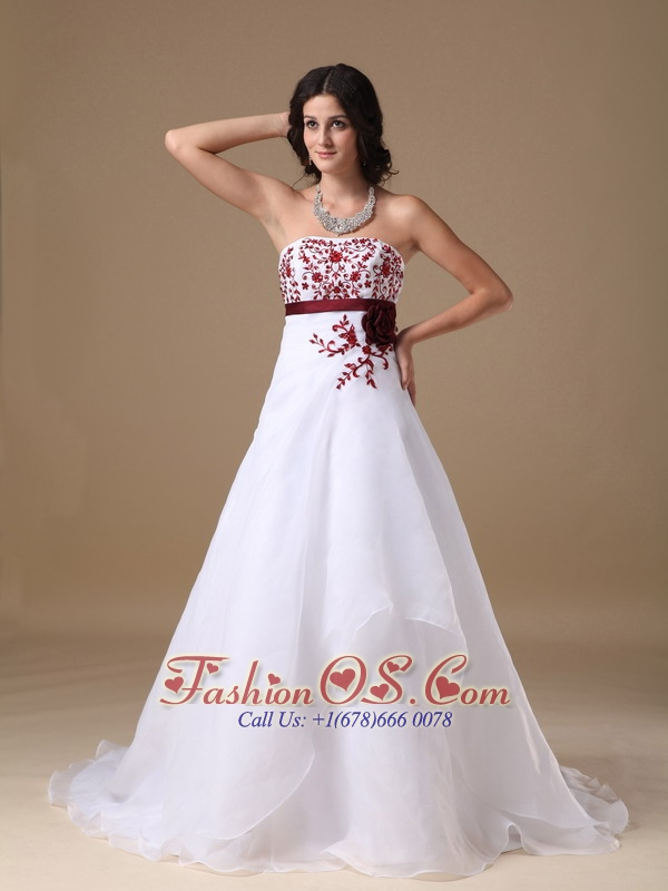Custom Made A-line Strapless Wedding Dress Organza Beading Court Train
