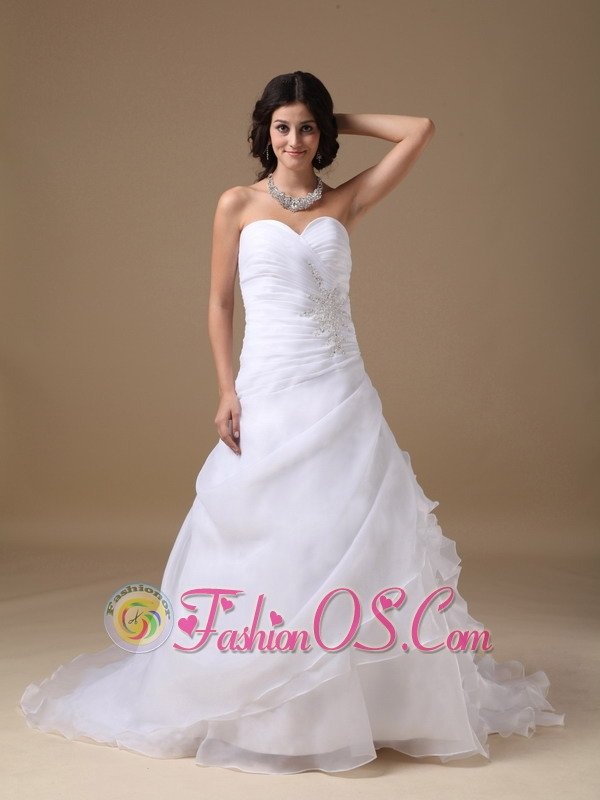 Custom made a line sweetheart low cost wedding dress for Wedding dresses low cost