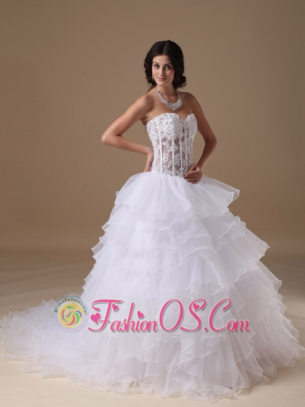 Custom Made A-line Sweetheart Wedding Dress Chapel Train Organza Appliques Chapel Train