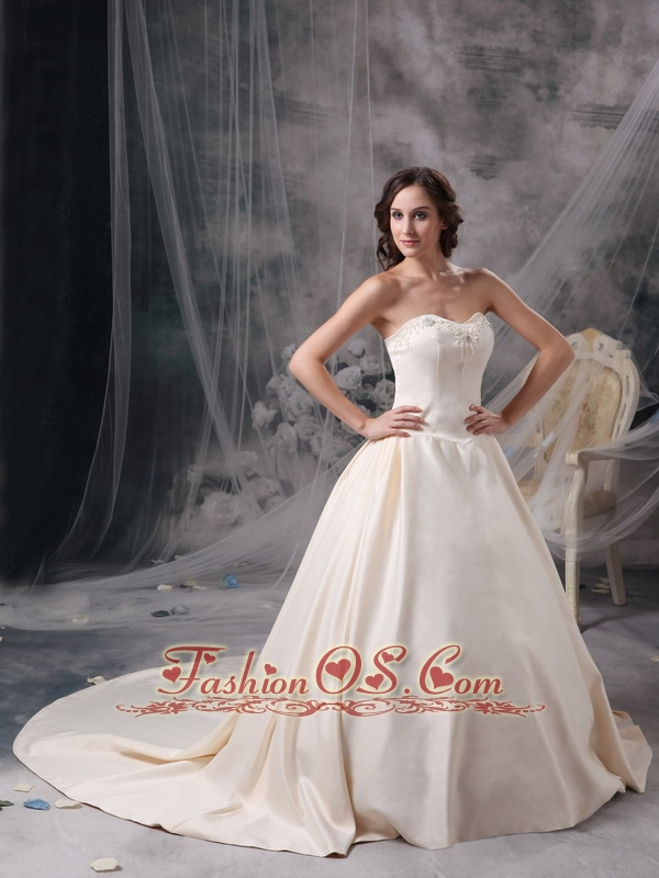 Custom made champagne a line sweetheart low cost wedding for Wedding dresses low cost