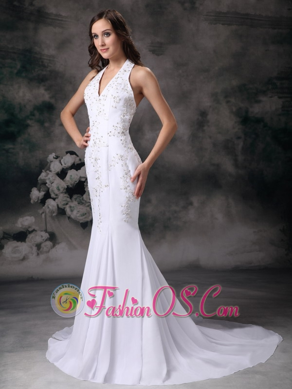 Elegant Mermaid Halter Wedding Dress Chiffon Embroidery With Beading Court Train