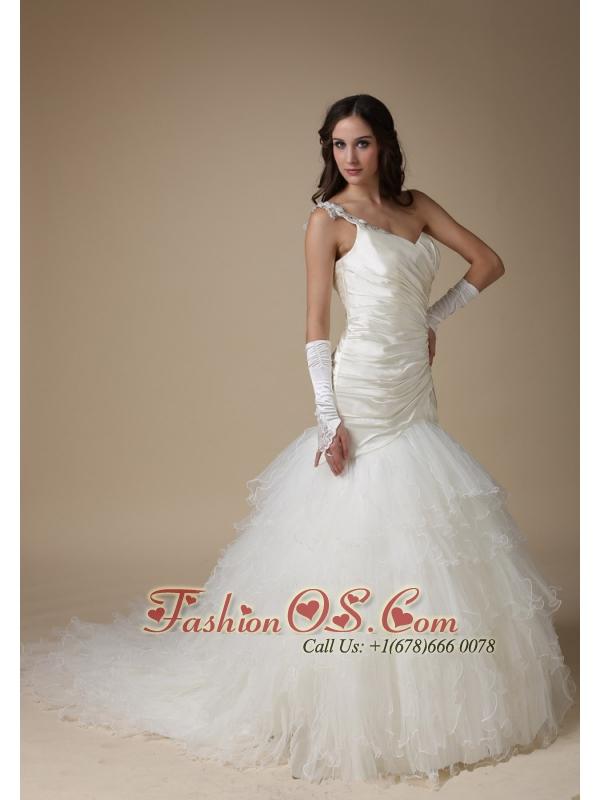 Fashionbale Mermaid One Shoulder Wedding Dress Taffeta and Organza Appliques and Ruch Court Train