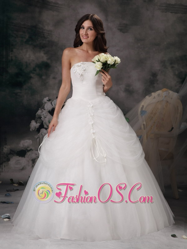 Remarkable a line strapless low cost wedding dress tulle for Wedding dresses low cost