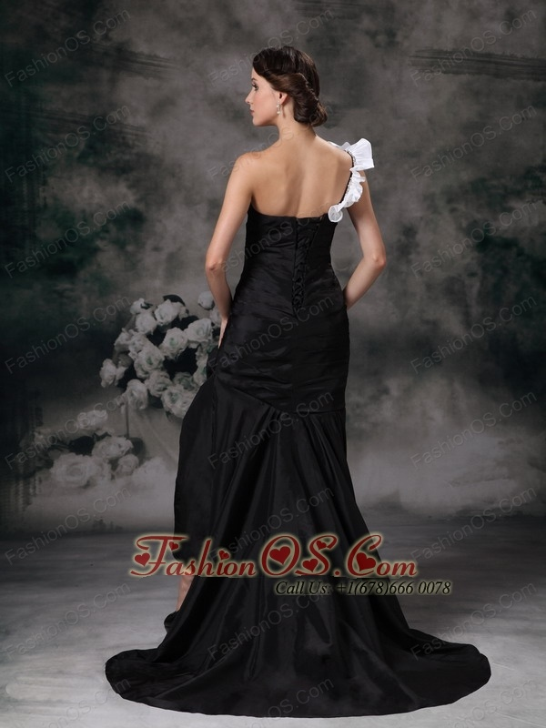 Custom Made Black Mermaid Prom / Homecoming Dress Brush Train Taffeta Ruch One Shoulder