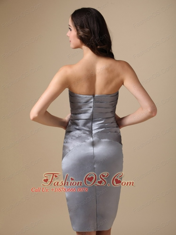 Modest Silver Mother Of The Bride Dress Column Sweetheart Taffeta Beading Knee-length