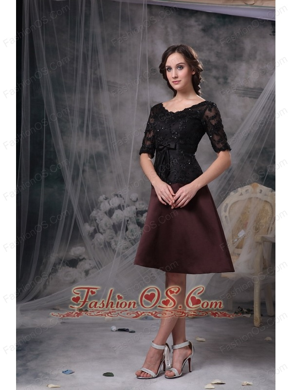 Simple Black and Brown Mother Of The Bride Dress A-line Scoop Satin Beading Knee-length