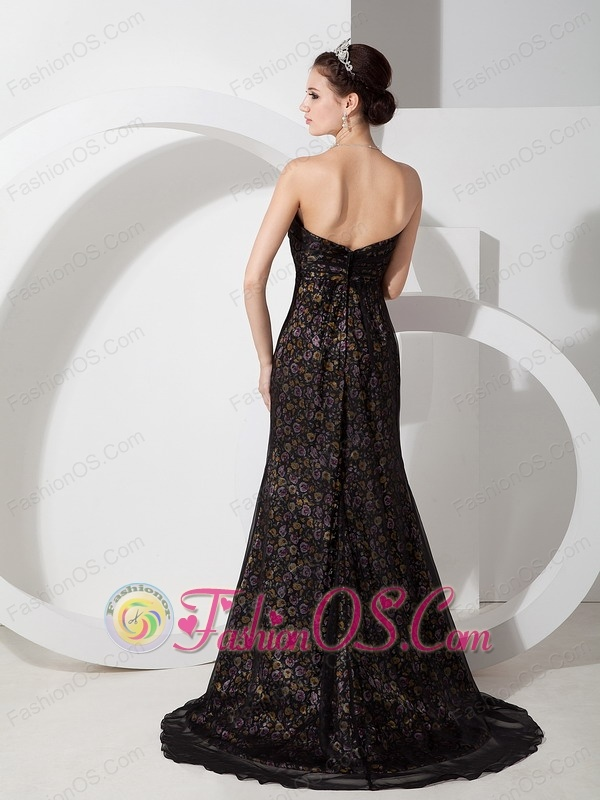 Simple Black Column Sweetheart Homecoming Dress Organza and Printing Beading Brush Train