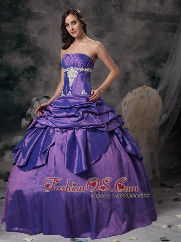 Lavender Ball Gown Strapless Floor-length Taffeta Appliques Quinceanera Dress