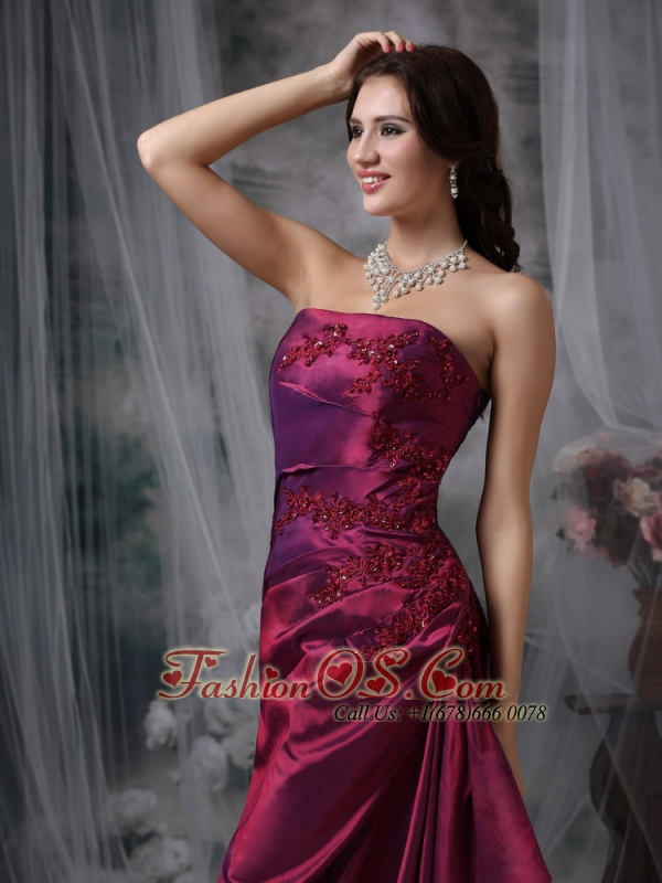 Purple Elegant Bridesmaid Dress Column Strapless Taffeta Appliques Floor-length