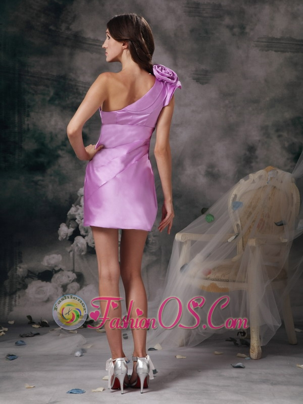 Sexy Lavender Mother of the Bride Dress Column One Shoulder Satin Hand Made Flowers Mini-length