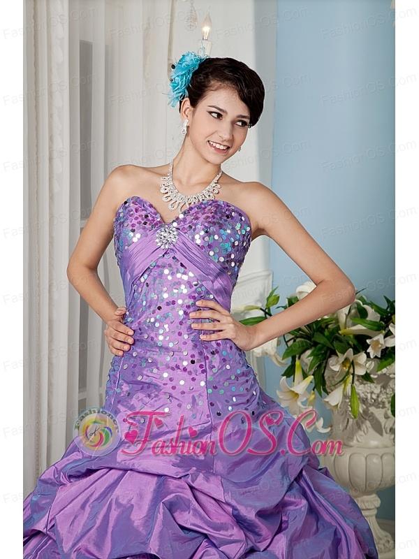 Elegant Lavender A-line Sweetheart 15 Quinceanera Dress Taffeta Sequins Floor-length