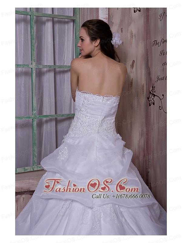 Simple A-line Strapless Wedding Dress Taffeta and Organza Chapel Train Appliques