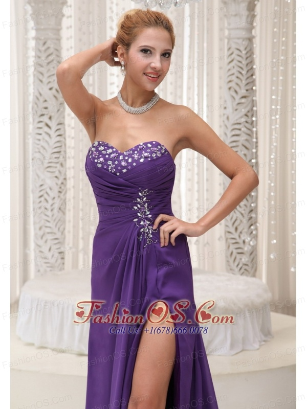High Slit Beaded Decorate Sweetheart Neckline Chiffon For Purple Prom / Evening 2013