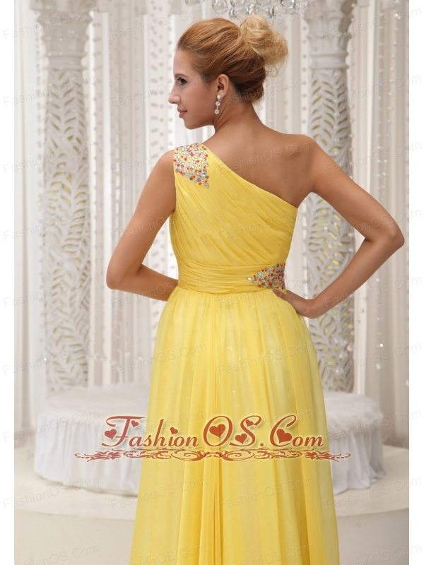 Beaded Decorate One Shoulder and Waist Ruched Bodice Yellow Chiffon Custom Made Floor-length Prom / Evening Dress For 2013