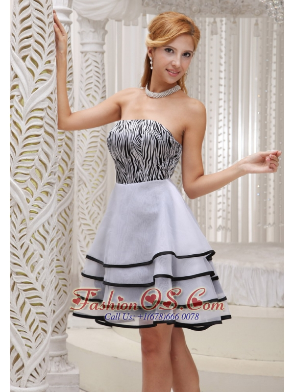 Fashionable Grey 2013 Prom / Homecoming Dress With Mini-length A-line Tiered Strapless Organza and Zebra Gown