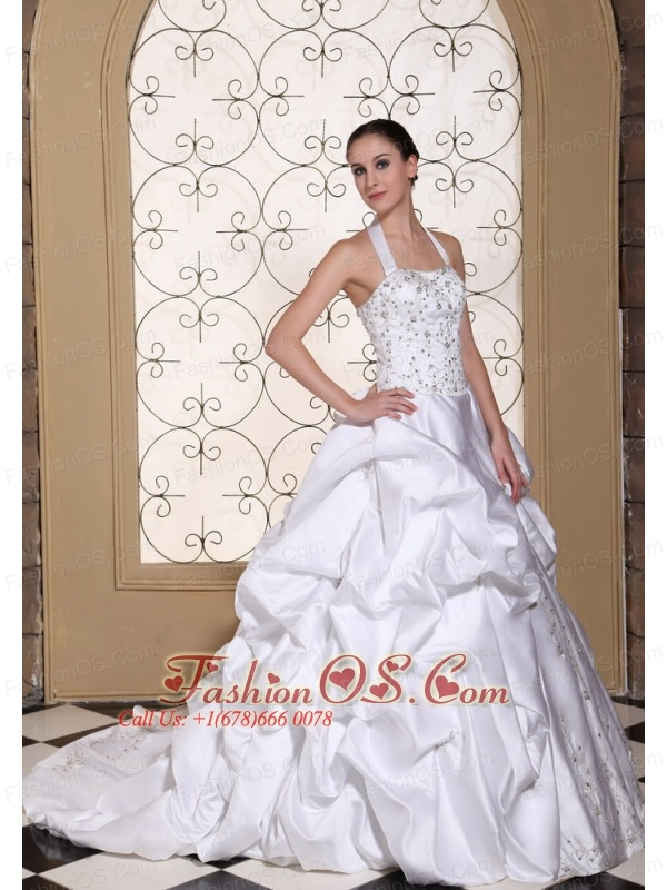 Halter Exquisite Wedding Dress For 2013 Embroidery and Pick-ups On Satin