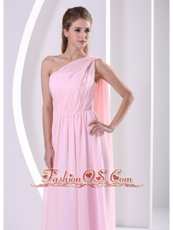 Discount One Shoulder Watteau Train Ruched Bodice 2013 Bridesmaid Dress Baby Pink Chiffon