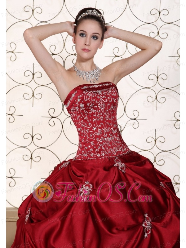 Embroidery in Wine Red Taffeta Pick-ups Strapless Modest Quinceanera Dress in New York