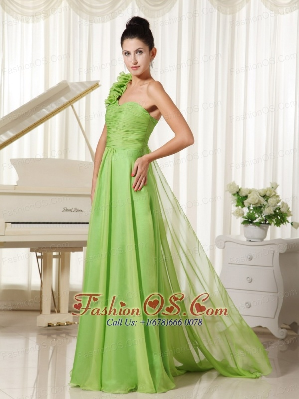 One Shoulder With Hand Made Flowers Chiffon Bridesmaid Dress Watteau Train Spring Green